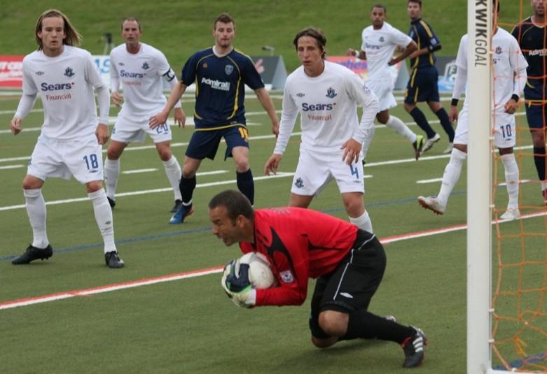 FCE keeper Rein Baart cradles the ball. PHOTO: FC EDMONTON