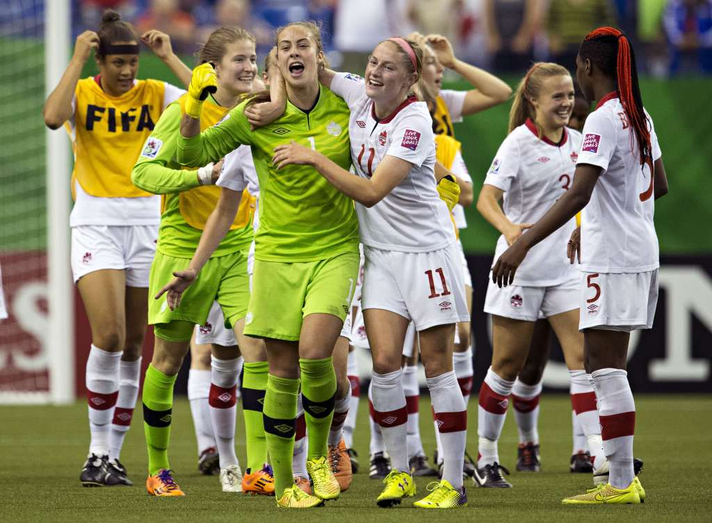Janine Beckie (11) celebrates with her Canadian teammates. PHOTO: CANADA SOCCER/ANDREW SOONG
