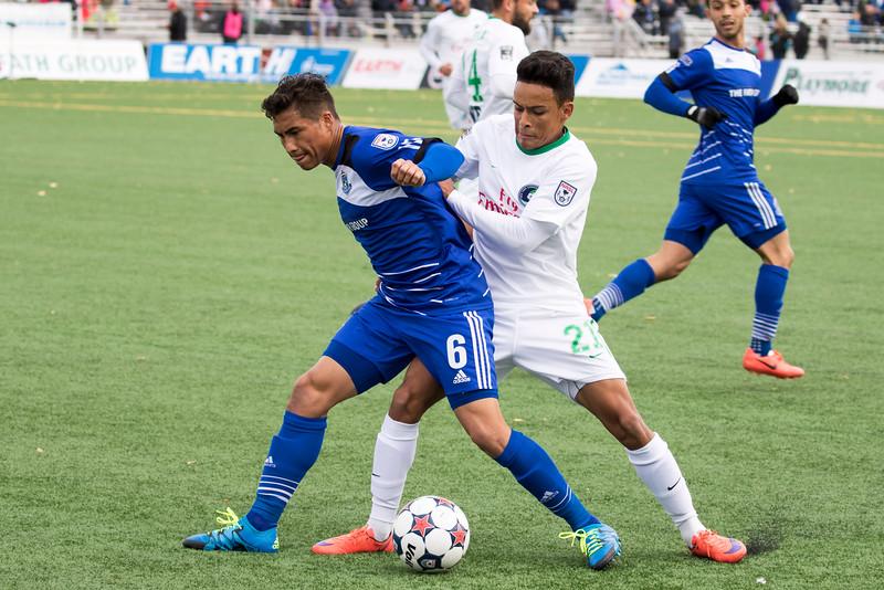 FCE's Dustin Corea in action against the New York Cosmos. PHOTO: TONY LEWIS/FC EDMONTON