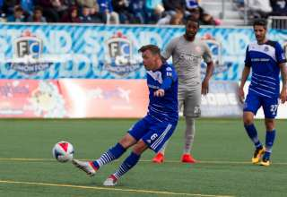 FCE's Nik Ledgerwood one of many players NASL loses this weekend. PHOTO: TONY LEWIS/FC EDMONTON