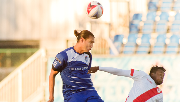 Karsten Smith in action vs. Rayo OKC. PHOTO: UWE WELZ/FC EDMONTON