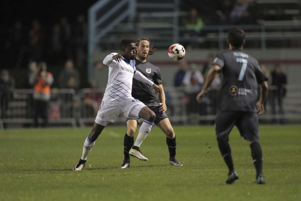 FCE's Tomi Ameobi battles Minnesota's Brett Kallman PHOTO: MINNESOTA UNITED FC